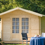 Gartenhaus aus Holz, Metall oder Kunststoff? Für welches entscheiden Sie sich?